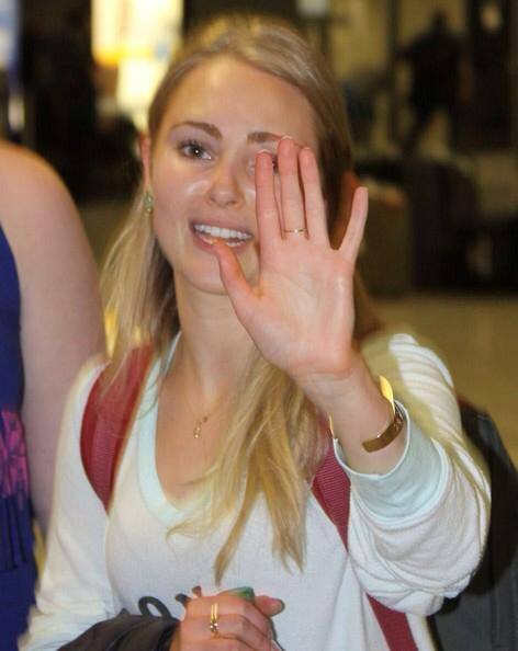 AnnaSophia Robb - Airport Flughafen Washington USA